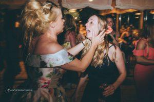 destination wedding photographer party